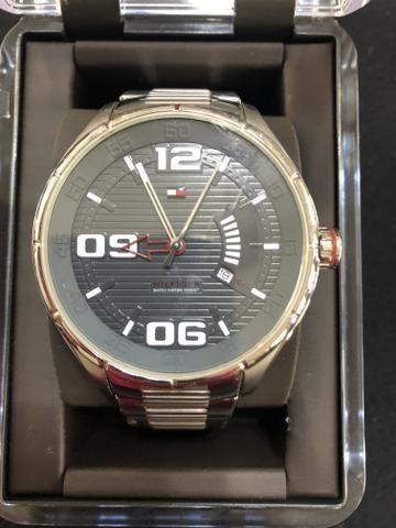 b3b0e21c7e4 Relógio Tommy Hilfinger