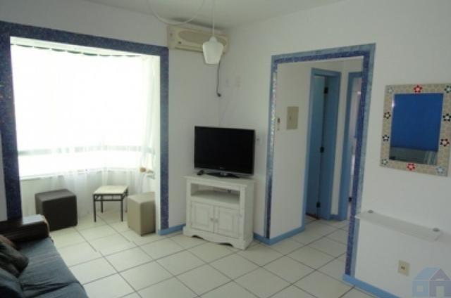 Vende-se apartamento de 1 quarto no centro da Lagoa da Conceicao