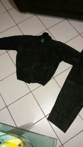 Jaqueta e calça de chuva motoqueiro