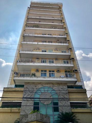 Apartamento para venda possui 130 metros quadrados com 3 quartos em São Domingos -