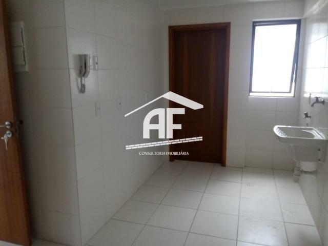 Apartamento para venda possui 91m² com 3 quartos localizado no bairro do Farol - Foto 5