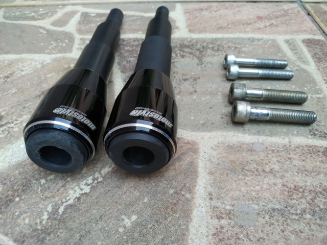 Slider CB 650F preto, usado, perfeitamente funcional - Foto 2