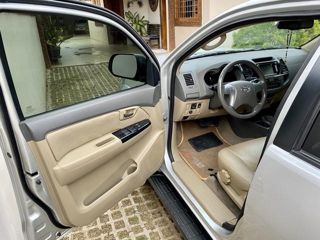 Hilux SW4 3.0 aut 4x4 diesel 2012 abaixo da fipe!! - Foto 6