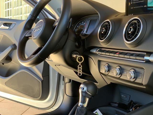 Audi A3 Sedan Ambiente 2017/2017 - Foto 4