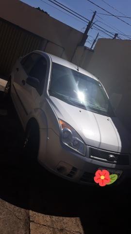 Fiesta sedan 1.0 - Foto 3