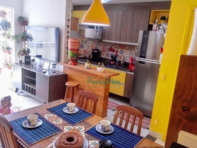 Apartamento com 2 dormitórios à venda, 62 m² por R$ 240.000,00 - Valparaíso - Serra/ES