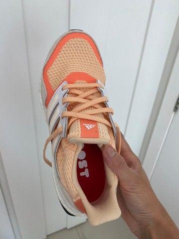 Tênis Adidas Booster Feminino - Foto 4