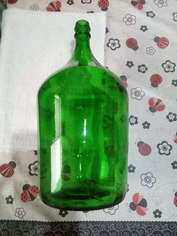 Garrafões de vidro