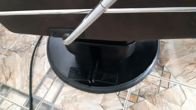 Cadeira de Barbeiro Ferrante. - Foto 4