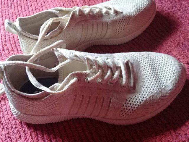 Vendo esse tênis n36 - Foto 4