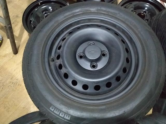 Jogo de roda com pneus 15 astra - Foto 2