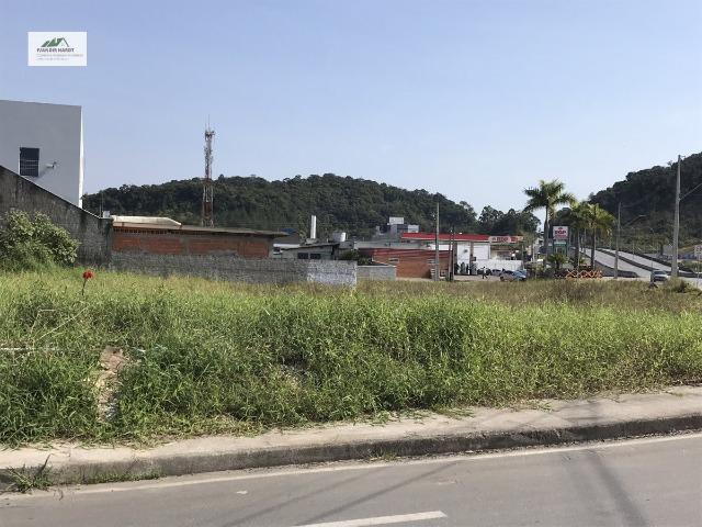 Terreno com excelente localização próximo ao Aeroporto de Joinville - Foto 7