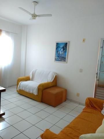 Apart.mobiliado e decorado com excelente localização - Foto 8