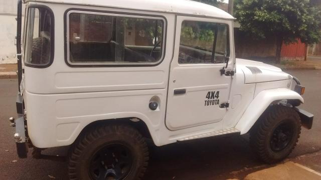 jeep toyota bandeirante - 1985