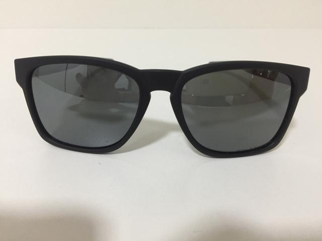 6b99a72d226fb Óculos Oakley Polarizado Vendo - Bijouterias