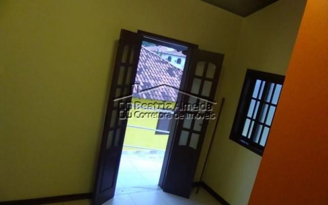 Linda casa de 3 quartos, sendo 1 suíte, em Itaipu - Niterói - Foto 2