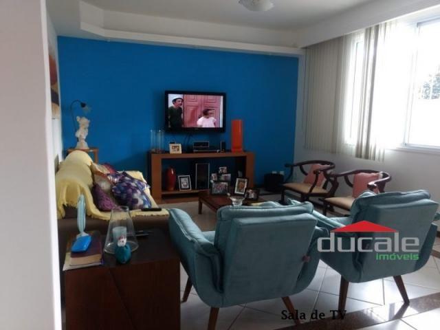 Vende-se Casa grande com Quintal em Jardim Camburi - Foto 11