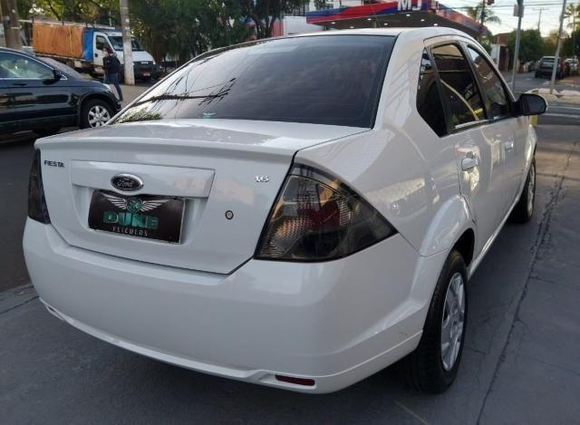 Ford Fiesta Sedan SE 1.6 Branco - Foto 11