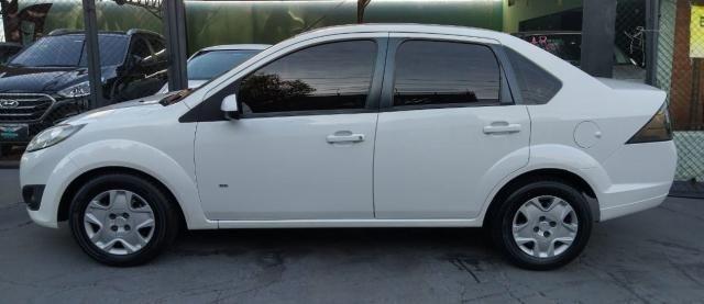 Ford Fiesta Sedan SE 1.6 Branco