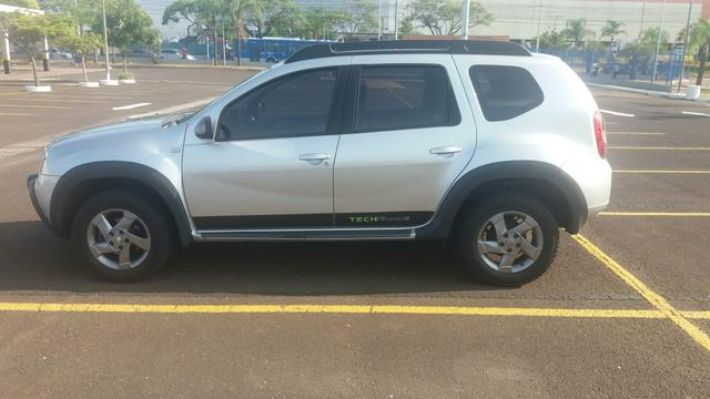Duster 2015 2 0 tech road 4x4 nova - Foto 4