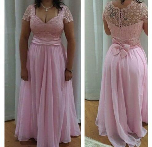 Vestido rosa plus size