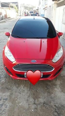 New fiesta vermelho 1.6 / flex ano-2014