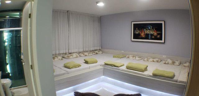 Vendo Casa luxuosa com 7 Stes , ofuro, Varandão, Porteira Fechada Rf ADM 0000 - Foto 2