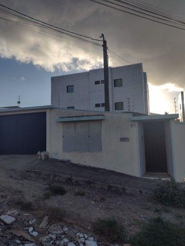 Alugo apartamento em Garanhuns com 2 quartos a 800m do Centro