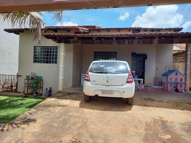 Casa com 4 Quartos, sendo 2 Suítes, em Lote de 360 m², no Alto das Caraíbas, Luziânia-GO. - Foto 8