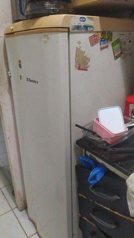 Geladeira - Freezer Vertical e Máquina de Lavar - Foto 2