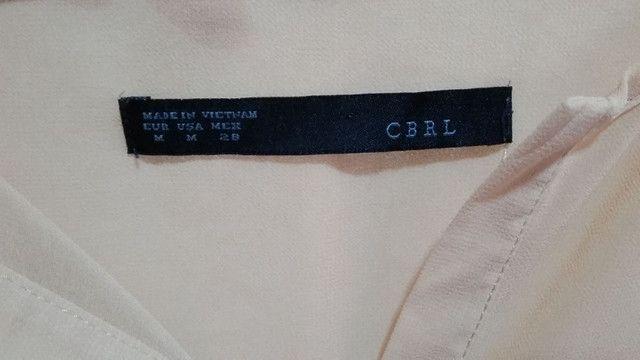 Camisa off white CBRL chiffon usada - Foto 4