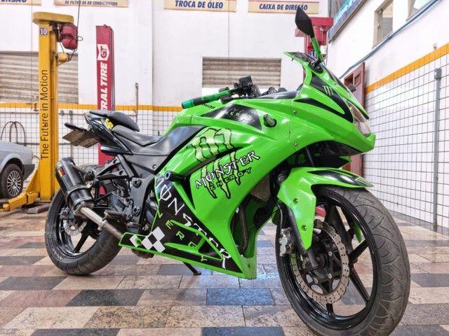 Vendo uma moto Kawasaki ninja 250 r - Foto 6