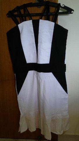 Vestido curto preto e branco novo