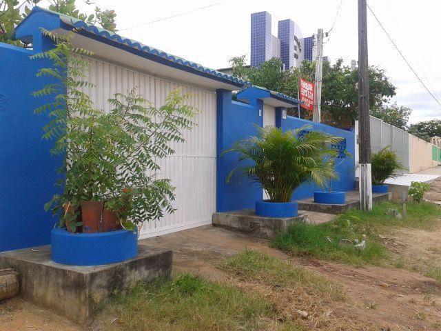 Casa em Mamanguape PB - 2 quartos com suite, 3 vagas de carros, varanda e cozinha america