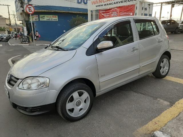 Volkswagen Fox 1.6 8v plus completo