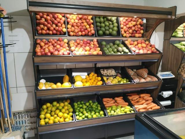 Banca para frutas e legumes em madeira - NOVO