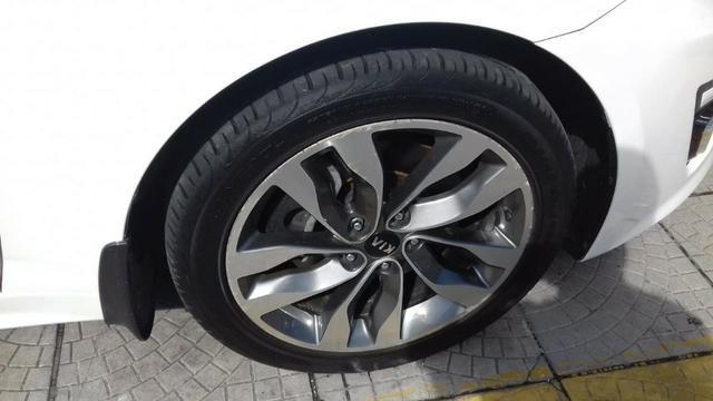 Kia Motors Optima - Foto 7