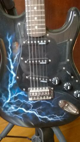 Guitarra Eagle com captadores Wilkinson - Foto 2