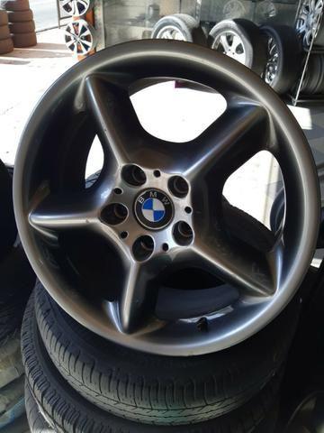 Rodas aro 17 da M5 originais BMW com pintura especial - Foto 4