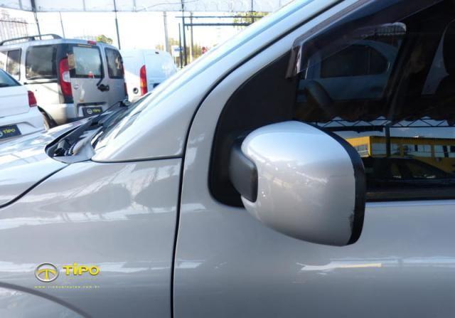 FIAT UNO ATTRACTIVE 1.4 4P 2011  - Foto 5