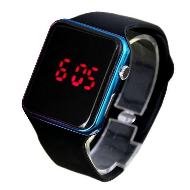 Relógio de Pulso com Pulseira de Silicone Fashion / Relógio LED Digital Esportivo - Foto 4