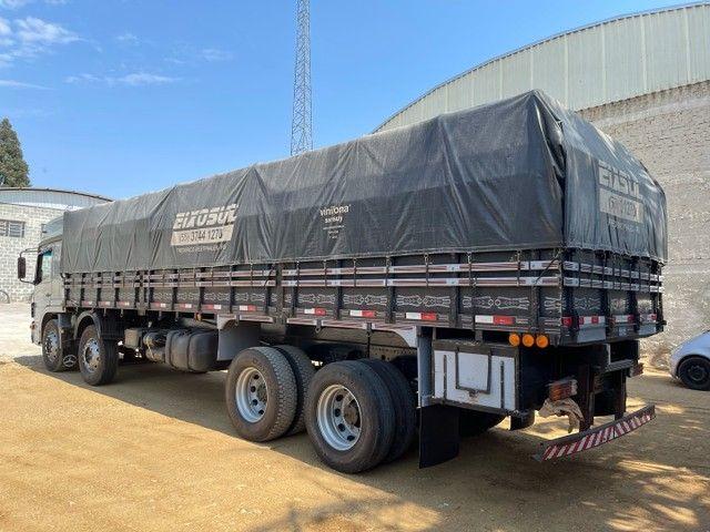 Mb Atego 2428 ano:12,prata,teto alto,bi-truck 8x2,com carroceria Graneleira ,ótimo estado  - Foto 8