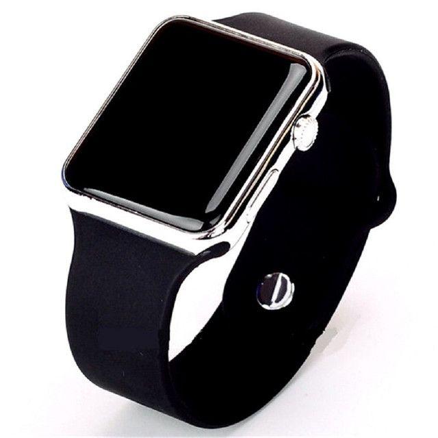 Relógio de Pulso com Pulseira de Silicone Fashion / Relógio LED Digital Esportivo - Foto 2