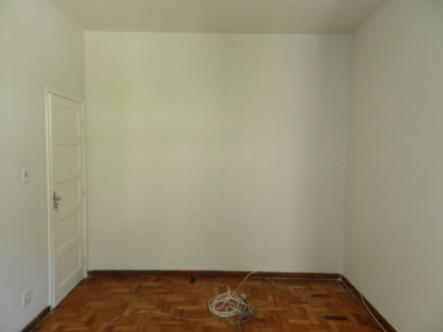 Aluguel apartamento fundos 2 quartos Rua Noronha Torrezão 370 Santa Rosa, Niterói. - Foto 4