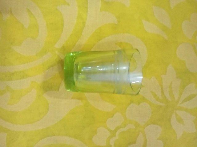 Antigo conjunto para licor contém seis licoreiras é um suporte.<br> - Foto 5