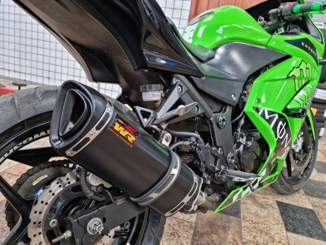 Vendo uma moto Kawasaki ninja 250 r - Foto 5