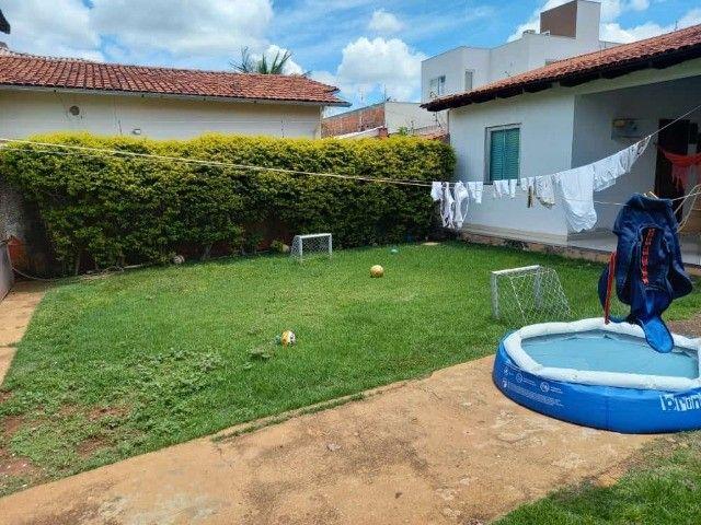 Casa com 4 Quartos, sendo 2 Suítes, em Lote de 360 m², no Alto das Caraíbas, Luziânia-GO. - Foto 9