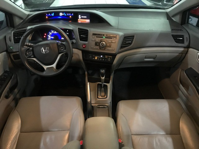 Honda Civic LXS 1.8 Aut 2014 - Foto 6