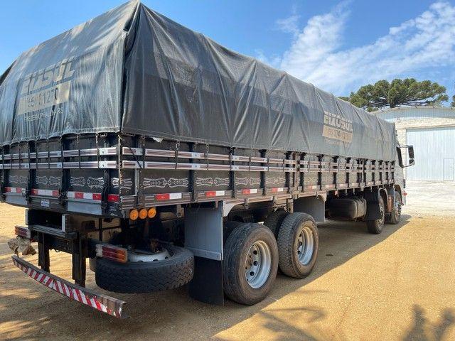 Mb Atego 2428 ano:12,prata,teto alto,bi-truck 8x2,com carroceria Graneleira ,ótimo estado  - Foto 10