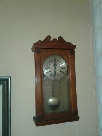Relógios antigos (de parede )
